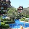 территория отеля Diamond Cottage Resort & Spa