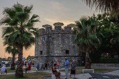 Замок Дурреса и Венецианская башня
